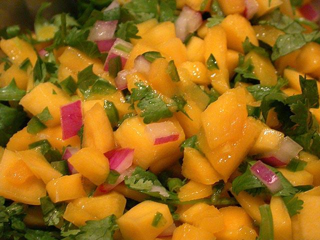 Mango salsa | Healthy Taste Buds